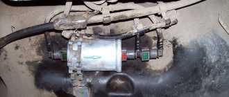 Замена топливного фильтра Рено Логан 1.4 и 1.6 8 и 16 клапанов: очистка, где он находится